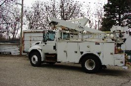 2003-international-4300-w-altec-ap120
